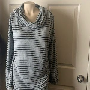 Liz Claiborne Cowl Neck Top